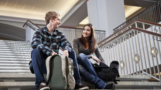 Tinder quer ajudar estudantes a encontrarem o amor