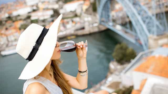Port Wine Day celebrado com regata de rabelos e declaração de ano vintage