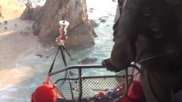 Turistas italianos resgatados na praia da Ursa