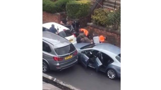 Momento em que um dos criminosos mais procurado do Reino Unido é detido