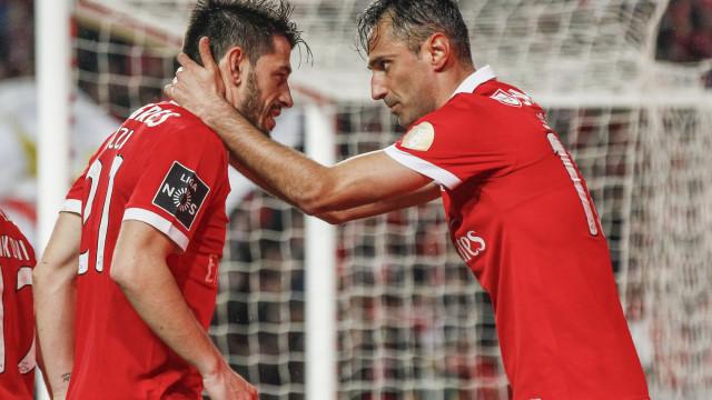 Bruno Lage promove três regressos no ataque às Aves