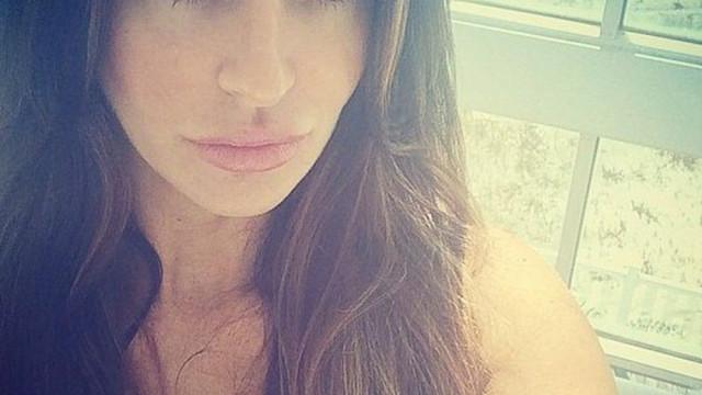 Modelo da Playboy sufocada até à morte em apartamento