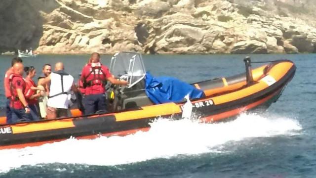 Espanhol resgatado na praia Ribeiro do Cavalo, em Sesimbra