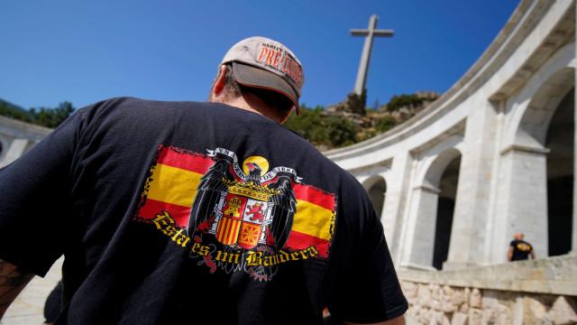 Supremo espanhol avalia pedido de suspenção da exumação