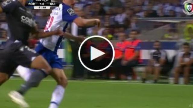 André Pereira estreia-se a marcar pelo FC Porto