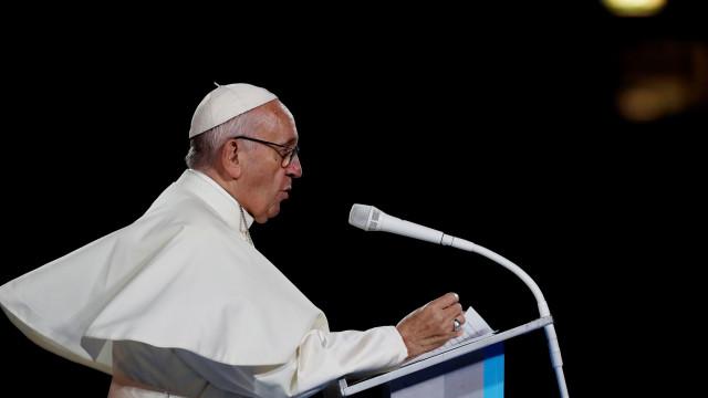 Venezuela: Papa disponível para mediar crise se os dois lados concordarem