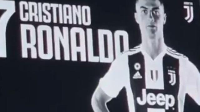 Assim reagiu o Estádio da Juventus quando se ouviu o nome de CR7