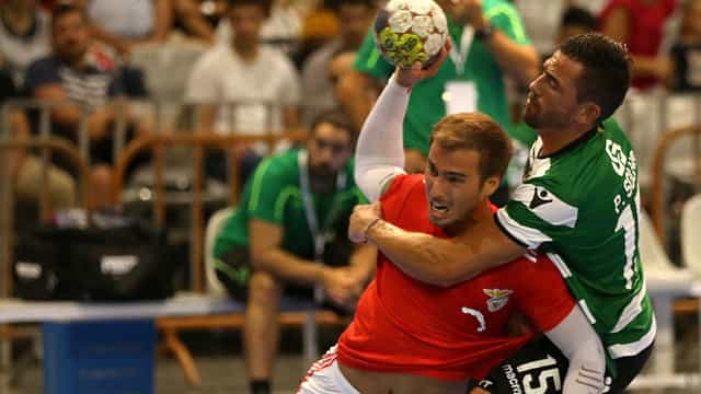 Benfica bate Sporting e conquista Supertaça de andebol