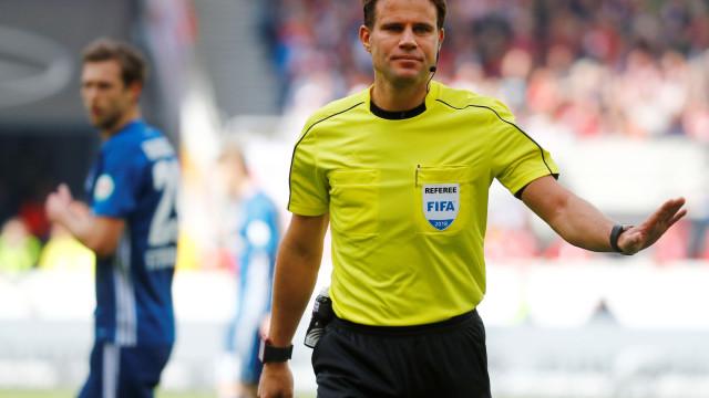 UEFA já nomeou árbitro para a visita do Benfica ao PAOK