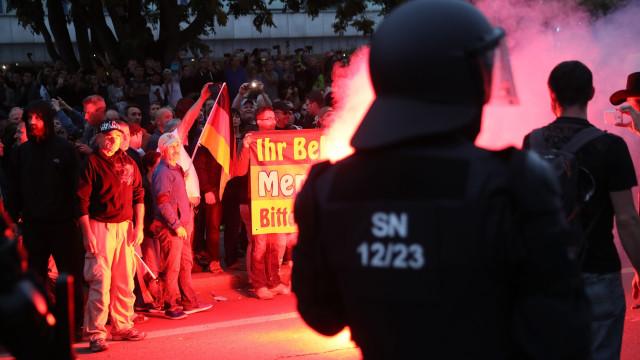 Detidos em Chemnitz seis homens suspeitos de formarem grupo militante
