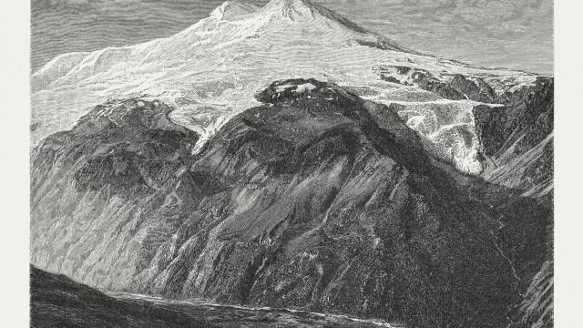 Encontrado corpo congelado de montanhista desaparecida há 31 anos