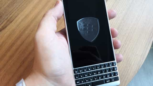 Fizemos o 'unboxing' ao novo BlackBerry Key2