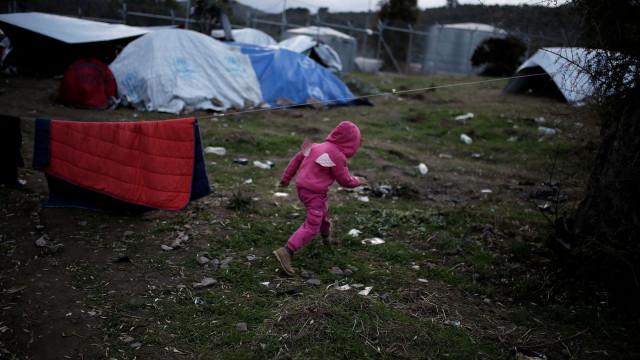 """Crianças refugiadas tentam suicídio. """"Esperança foi levada pelo sistema"""""""