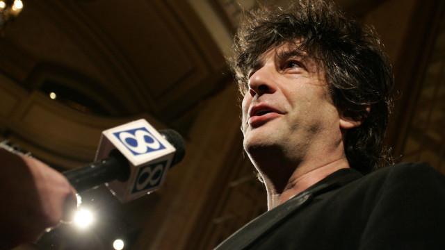 Neil Gaiman entre os quatro finalistas ao prémio alternativo ao Nobel