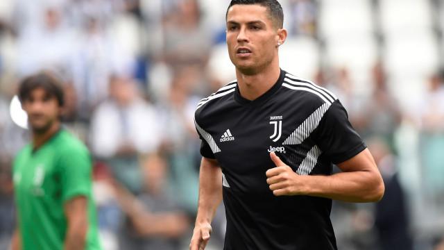 Cristiano Ronaldo vai marcar presença na gala da FIFA