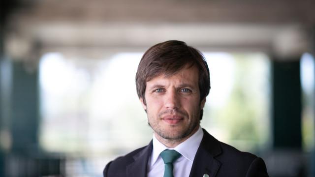 """João Benedito ao lado de Varandas: """"Temos de estar disponíveis"""""""