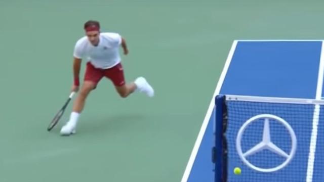Genial. Federer e o ponto que está a dominar atenções no US Open