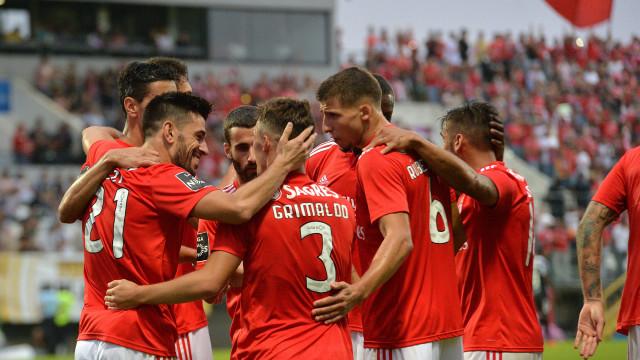 Benfica tenta recuperar a liderança na receção ao Aves
