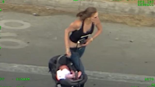 Mulher foge à polícia a alta velocidade pondo em risco vida de filho
