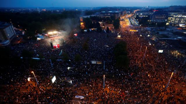 """Cerca de 50 mil pessoas em concerto contra """"ódio da extrema-direita"""""""