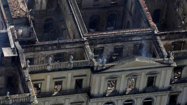 Museu Nacional apela a devolução de peças do acervo encontradas após fogo