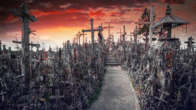 Colina das Cruzes: Visite um dos locais mais sinistros do planeta