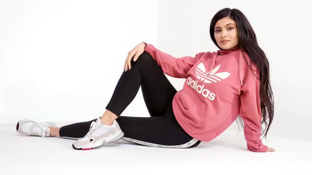 Kylie Jenner é a nova embaixadora da adidas e lança modelo FALCON