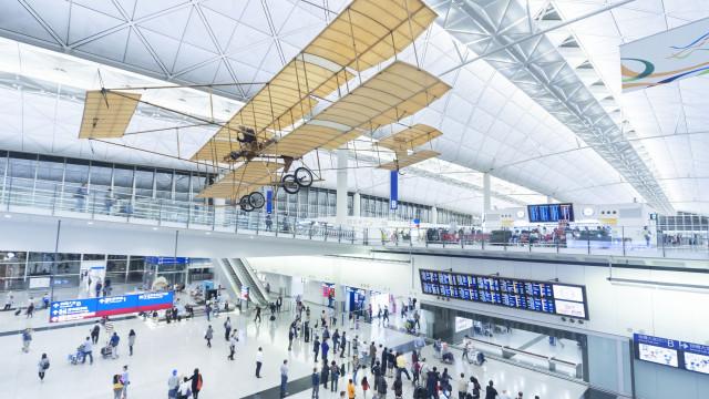 Os cinco aeroportos mais incríveis do mundo para esperar um voo atrasado