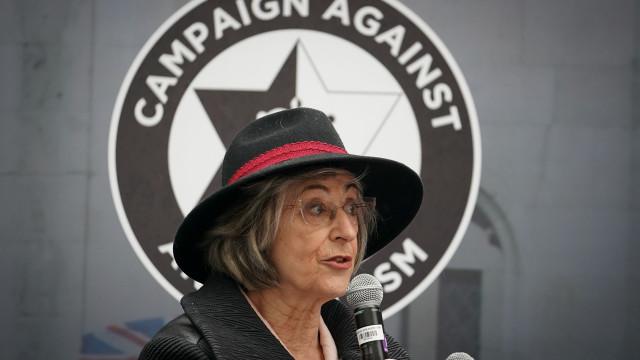 "Famosas vestem-se como ""prostitutas"": Maureen Lipman contra '#MeToo'"