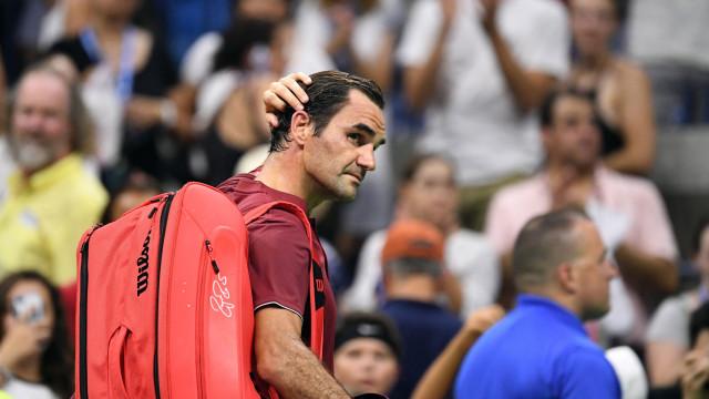 Federer perdeu e surpreendeu o US Open, mas culpou o... calor