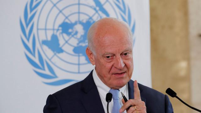 Em curso esforços para criar comissão constitucional na Síria