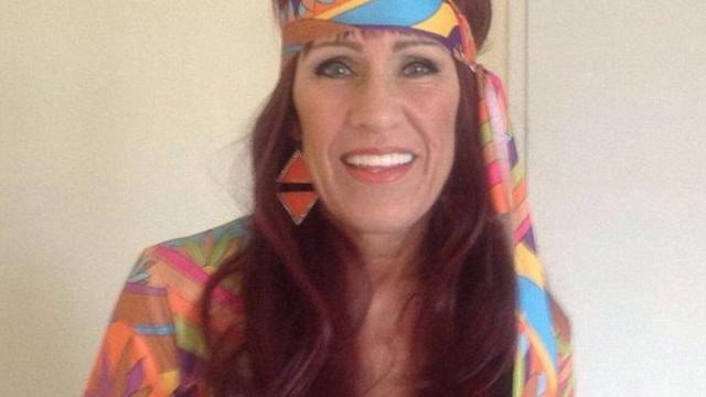 Mulher de 59 anos apanhada em ato sexual com jovem de 14 anos