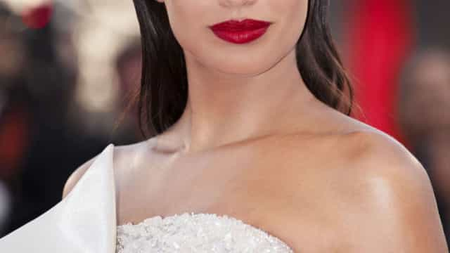 Novos Rostos Giorgio Armani Beauty incluem Sara Sampaio