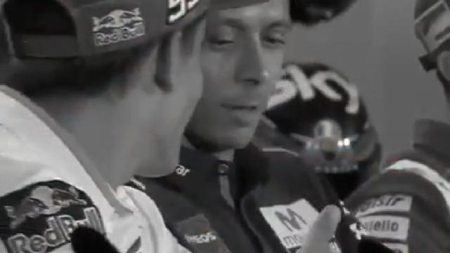 Rossi deixou Márquez de mão estendida em plena conferência