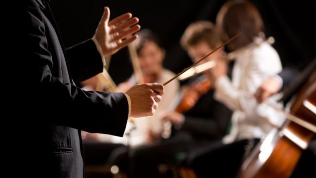 Morreu Claudio Scimone, maestro honorário da Orquestra Gulbenkian