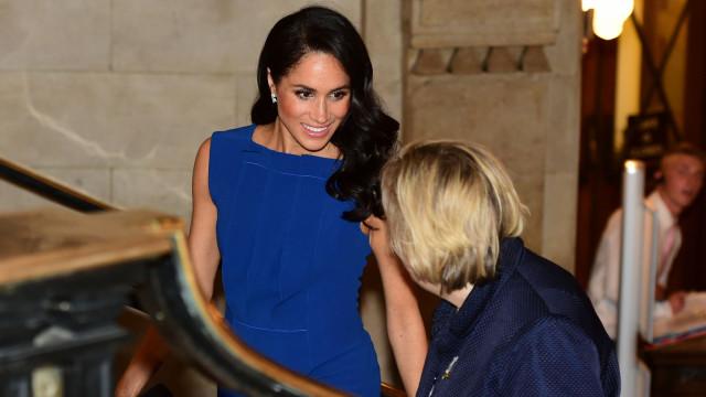 Meghan Markle: Rumores de gravidez reacendem-se com vestido de duquesa