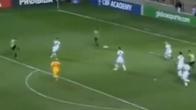 Ex-Sporting Gerson Magrão marca na vitória do América frente ao Vasco