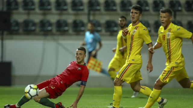Diogo Jota lamenta a falta de eficácia frente à Roménia