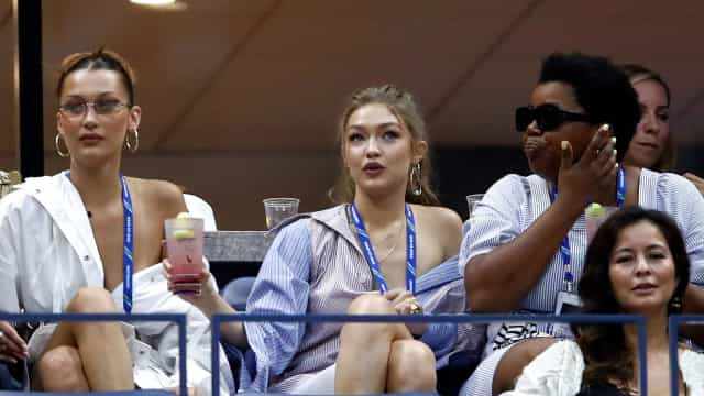É vestido ou camisa? Os looks de Bella e Gigi Hadid