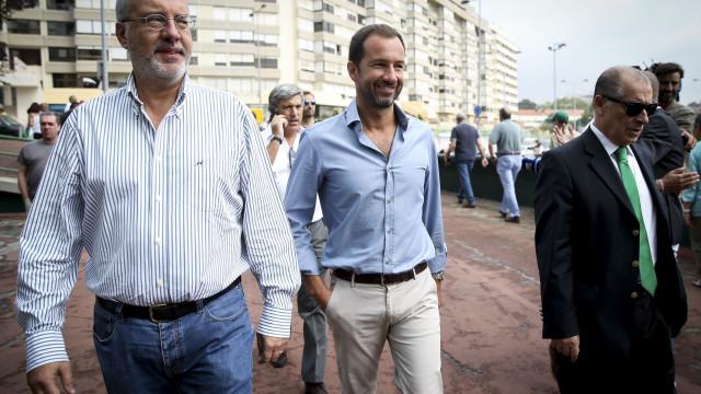 Rogério Alves reuniu-se com ex-dirigentes suspensos
