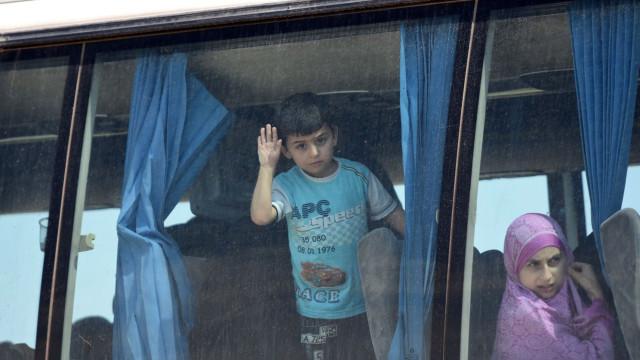 Mais de 30 mil deslocados devido a recentes bombardeamentos em Idleb