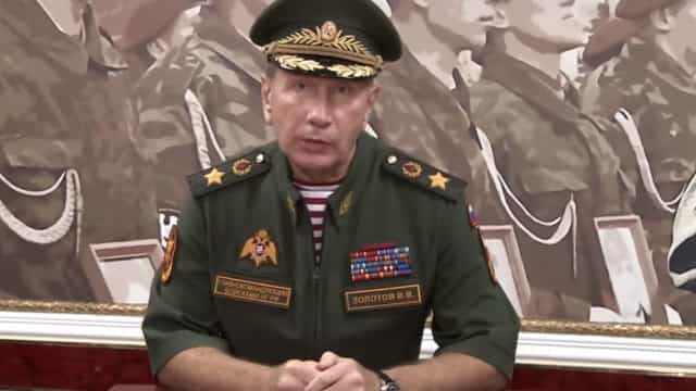 Chefe da Guarda nacional russa desafia opositor Alexei Navalny para duelo
