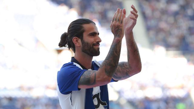 Sérgio Oliveira nem quis ouvir propostas e vai ser recompensado
