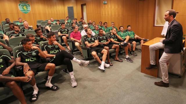 A primeira reunião de Frederico Varandas com o plantel do Sporting