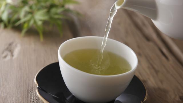 Foi apontada (mais uma) vantagem ao chá verde para a saúde