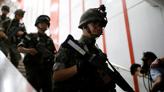 Jovens sul-coreanos acusados de ganhar peso para evitar serviço militar
