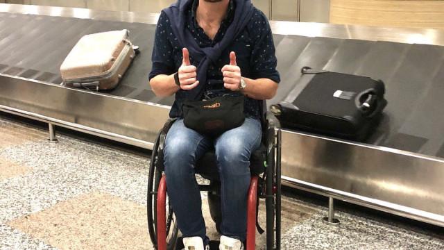 Polícia chamada por causa de homem que quis embarcar com cadeira de rodas
