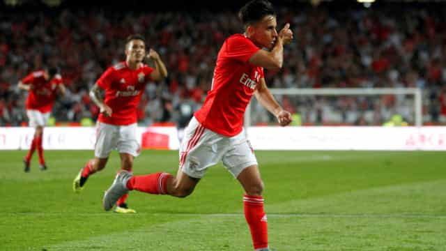 Oficial: Cervi renova contrato com o Benfica
