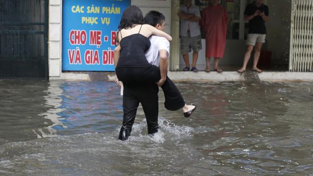 Super tufão obriga a adiar inscrições para a Maratona de Macau