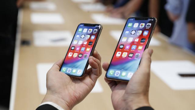 Apple poderá lançar solução para baterias dos novos iPhones